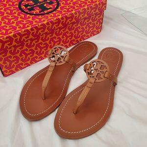 Brand new authentic tory burch gabriel sandals
